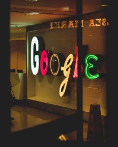 Kaip isidarbinti google 1